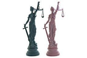 FIGURA RESINA 19,3X15,2X56,4 JUSTICIA 2 SURT.